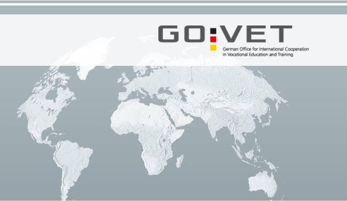Informationen zur dualen Ausbildung in mehreren Sprachen erhältlich